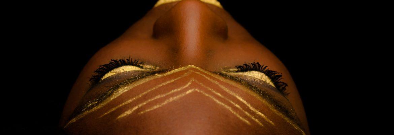 Goud lijnen – Portret en modefotografie